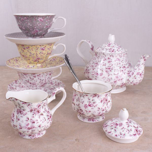 Ditsy Floral Tea Pot