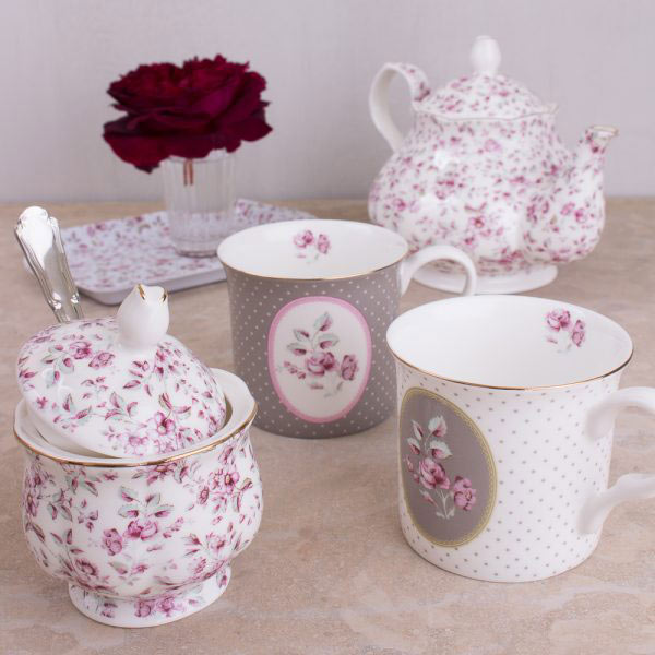 Ditsy Floral Tea Pot