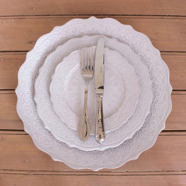 Vintage 16 Piece Cutlery Set