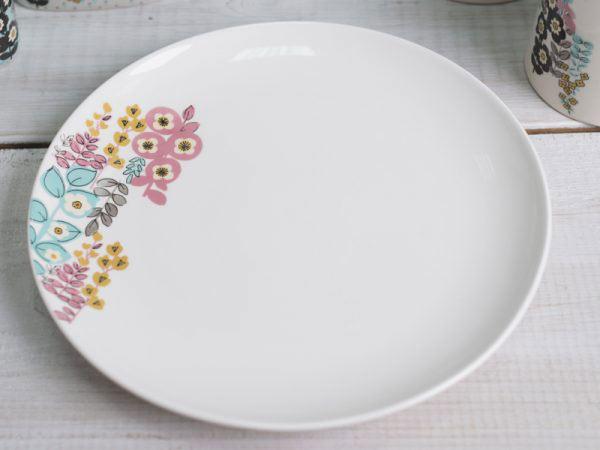 Pretty Retro Floral Dinner Plate-982