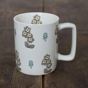 Pretty Retro Simple Floral Can Mug-0