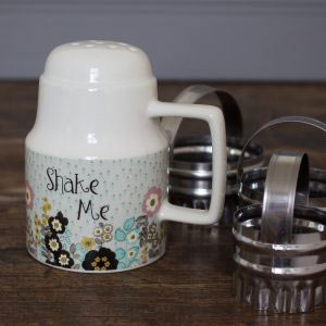 Pretty Retro Shaker n Cutter Set-0