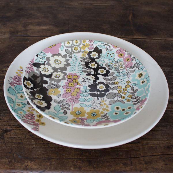 Pretty Retro Floral Dinner Plate-981