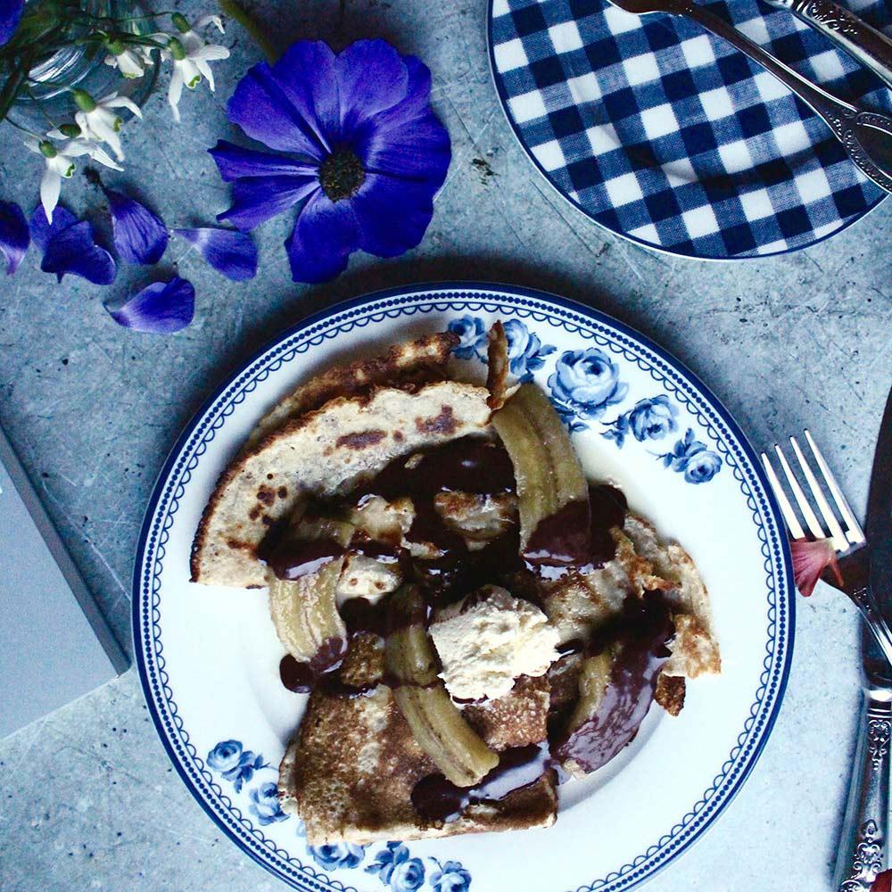Boozy banana and salt chocolate pancakes