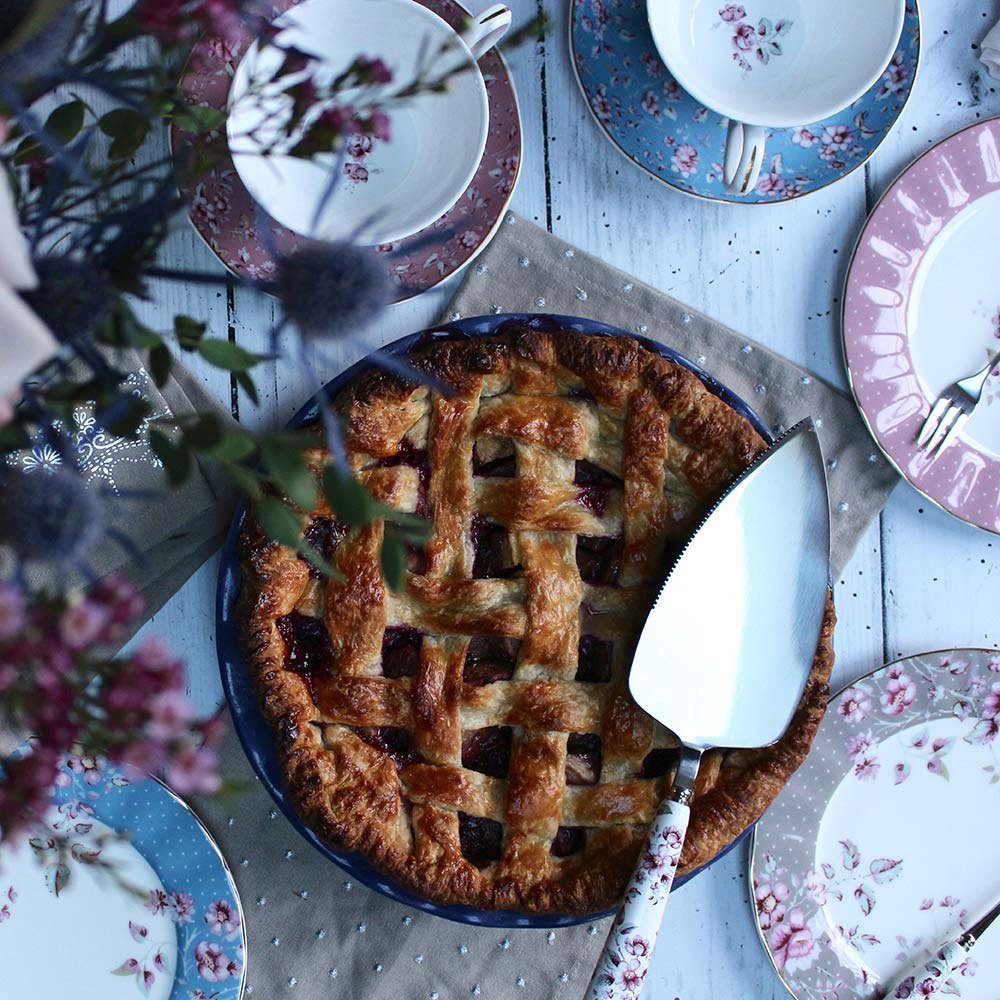 Pear and Blackberry pie